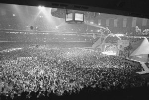 45 Louisiana Superdome Interior Rolling Stones on Stage Dec 5 1981