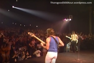 32-george-thorogood-and-the-destroyers-capitol-theater-passaic-new-jersey-1984-crowd-from-stage