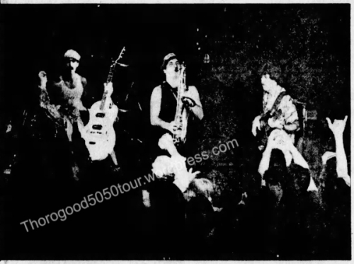 01 George Thorogood 50 50 Tour Waikiki Wave Concert Photos Review Honolulu Star Bulletin Oct 27 1981 Pg B1 - Band Lineup