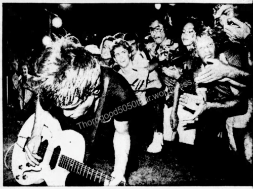 01 George Thorogood 50 50 Tour Waikiki Wave Concert Photos Review Honolulu Star Bulletin Oct 27 1981 Pg B1 - Playing in Crowd